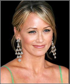 Christine-Taylor-Picture.jpg